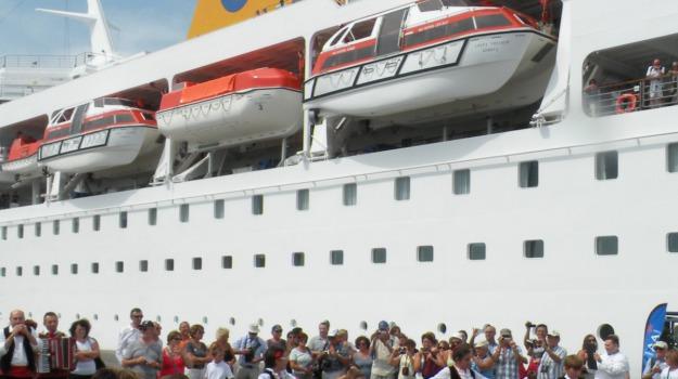 CROCIERE, nave, porto, Palermo, Viaggi & Crociere