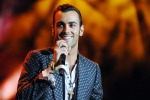 """Marco Mengoni torna con la raccolta remix di """"Io ti aspetto"""""""