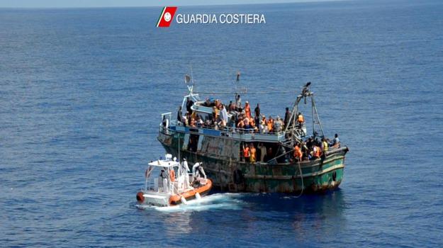 dispersi, gommone, immigrazione, Sicilia, Cronaca