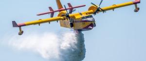 Incendio nella riserva di Montemaggiore Belsito, in pericolo alcune abitazioni