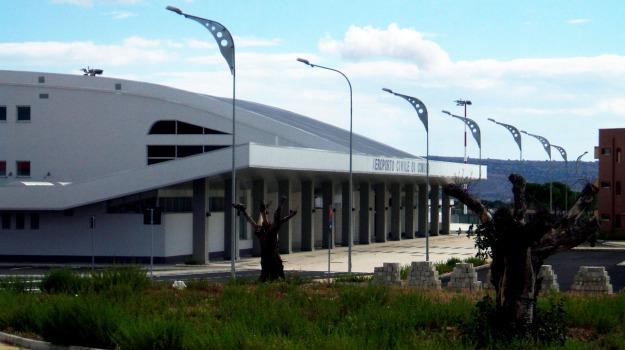 Aeroporto, comiso, voli, Ragusa, Economia