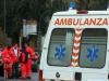Si lancia dal sesto piano ma i fili della biancheria lo salvano, tragedia scampata a Caltanissetta