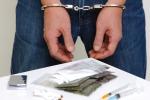 Blitz antidroga a Siracusa: arrestato un 19enne, due denunciati