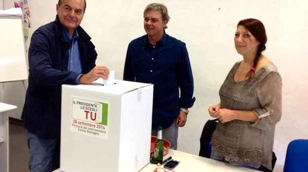 articolo18, governo, jobs act, partito democratico, pd, Pierluigi Bersani, Sicilia, Politica