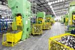 Industria, il fatturato torna a crescere: ma cala la domanda interna