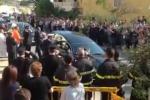 Tragedia a Macalube, l'ultimo saluto ai fratellini Laura e Carmelo: le immagini dei funerali