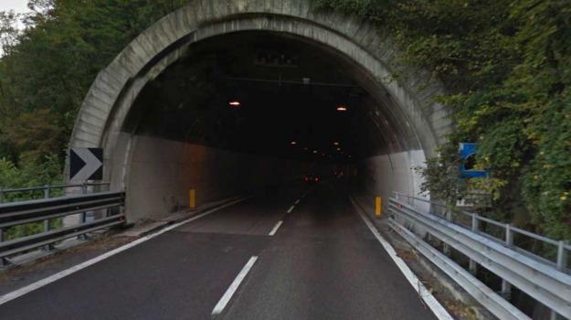 calcinacci, crollo, galleria, statale 115, TRAFFICO, Agrigento, Cronaca