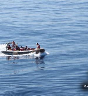 Naufragio al largo della Libia: recuperati corpi, si temono 240 morti