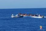 Soccorsi nel Canale di Sicilia, 400 migranti in arrivo a Pozzallo
