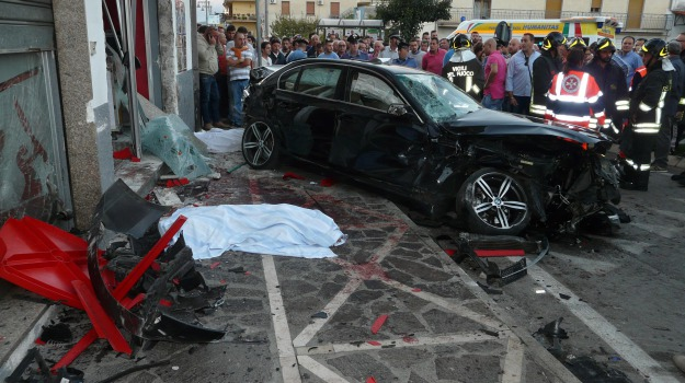 auto, Incidenti, Salerno, Sicilia, Cronaca