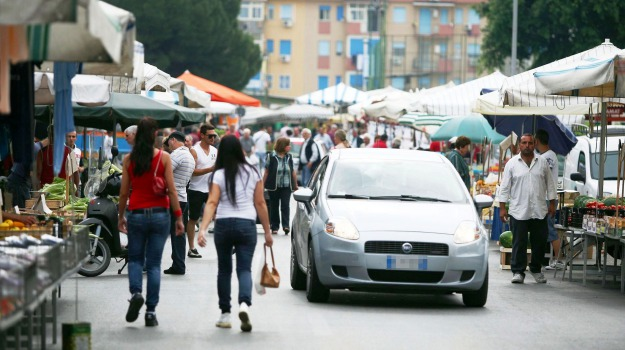 mercatini, polizia municipale, posteggi, Enna, Cronaca, Economia