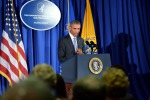 """Ebola, Obama: """"La strada per battere il virus è ancora lunga"""""""