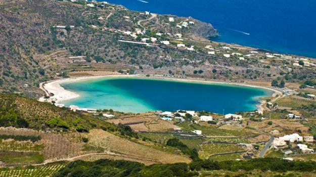 Pantelleria, turismo, Trapani, Economia