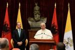 Papa Francesco rimuove un vescovo accusato di aver coperto degli abusi sessuali