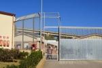 Espulsi rientrano in Italia: 4 tunisini arrestati e rinchiusi a Pian del Lago