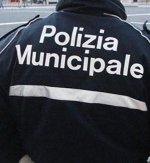 Palermo, sequestrato un autolavaggio abusivo in via Messina Marine