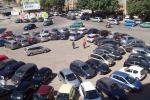 Posteggiatori abusivi a Palermo, scatta la prima denuncia penale