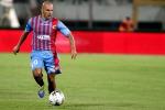 Catania beffato nel finale: a Crotone la vittoria va in fumo
