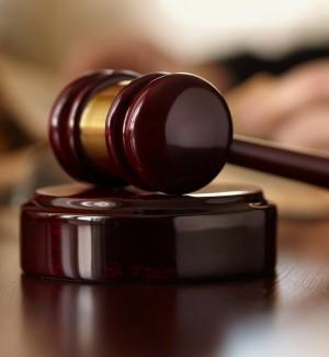 Palermo, denuncia finto dentista ma si ritrova sotto processo: assolto dopo una condanna di calunnia