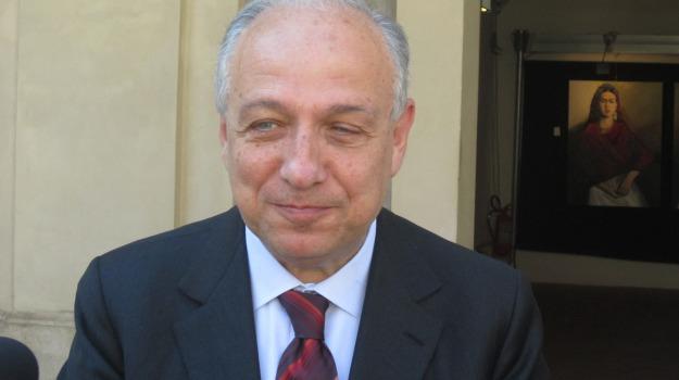 catania, comune, indagine, sindaco, Raffaele Stancanelli, Catania, Cronaca