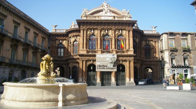 teatro bellini catania, Enzo Bianco, Catania, Politica