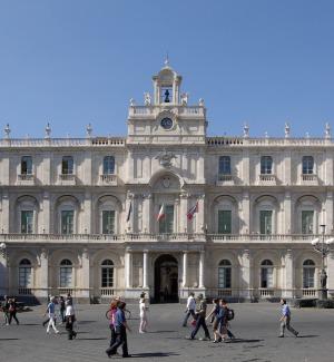 Mail elettorale inviata dall'università di Catania, 1 anno all'ex rettore Recca