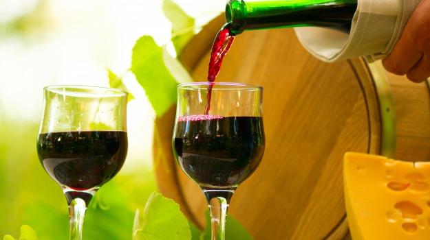 Sicilia, uva, vendemmia, Vino, fabrizio carrera, lucio monte, Sicilia, Economia