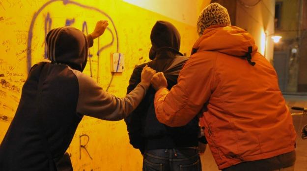 arresti, BABY GANG, Catania, Cronaca