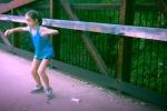 Si muove come una ballerina professionista e diventa star di Youtube a soli 11 anni. Il video