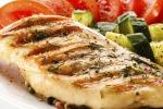 Carne bianca e pesce a tavola riducono il rischio di tumore al fegato