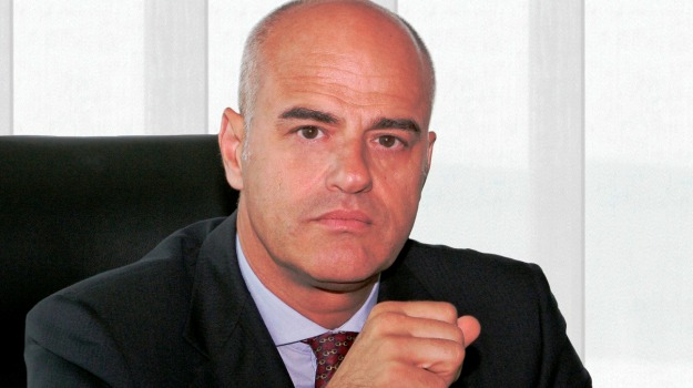 eni, Claudio Descalzi, Sicilia, Mondo
