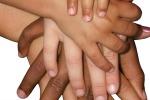 Studio sui neonati rivela: sotto il colore della pelle siamo tutti uguali