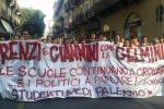Protesta contro il governo, centinaia di studenti in corteo a Palermo: tutte le immagini