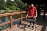 Trapiantano cellule dal naso: paralizzato torna a camminare