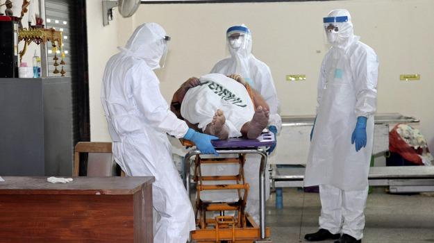 contagio, ebola, isolamento, malattia, soldati, Sicilia, Mondo
