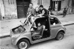 Quando i bambini giocavano per strada, le foto di Gigi Petyx che hanno fatto storia