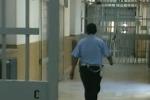 Carcere di Cavadonna a Siracusa, ritardi nei pagamenti alla polizia penitenziaria: è protesta