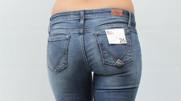 collezione, jeans, moda, tendenze, tuta, Sicilia, Società