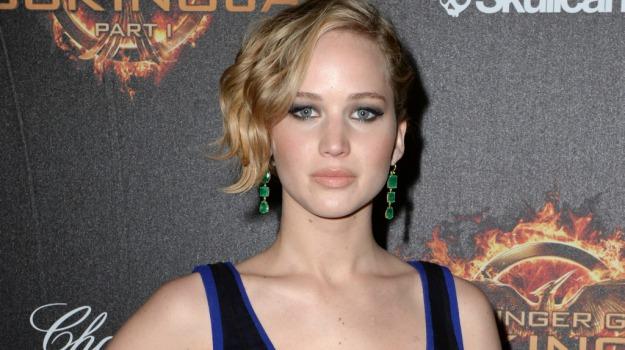 attrici, foto, nuda, show girl, star, Jennifer Lawrence, Kim Kardashian, Sicilia, Società