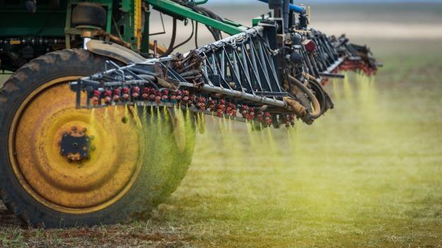 pesticidi, popolazione, ricerca, rischi, Sicilia, Società