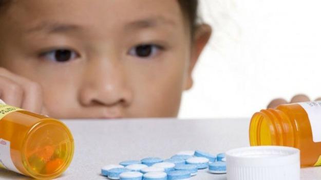 allarme, bambini, pericoli, pillole, Sicilia, Vita