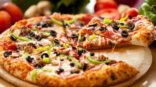 francesci, Pizza, Sicilia, Società
