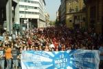Studenti in piazza, lancio di uova a Palermo: tutte le foto