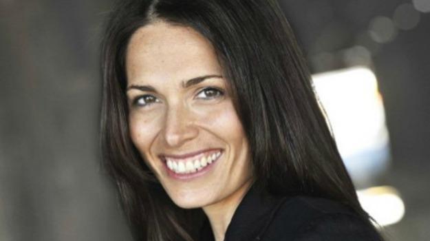 attrice, cinema, morte, serie tv, Sarah Goldberg, Sicilia, Cultura