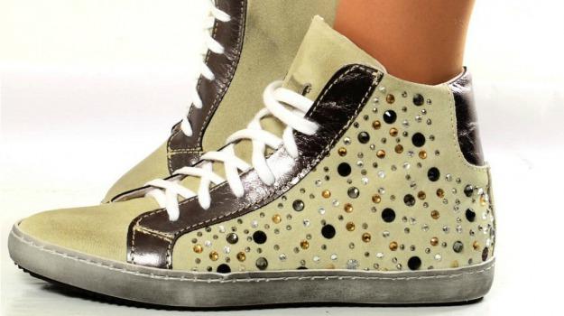 accessorio, moda, scarpa, tendenze, Alexander McQueen, Sicilia, Società