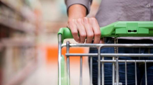 donne, spesa, supermercato, tendenze, uomini, Sicilia, Società