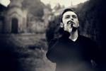 """Tiziano Ferro torna alla musica con """"Senza scappare mai più"""""""