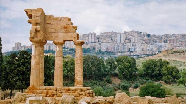 commercianti, turismo, Agrigento, Economia