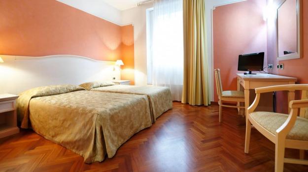 alberghi, Crisi, turismo, Palermo, Economia