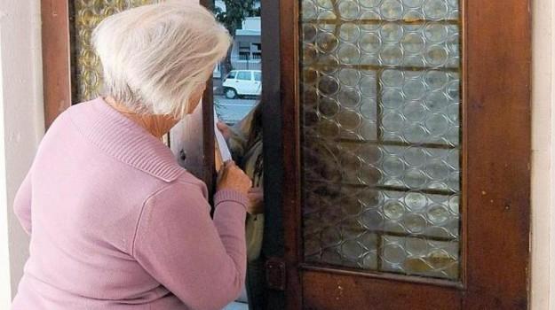 anziano, inps, truffa, Siracusa, Cronaca